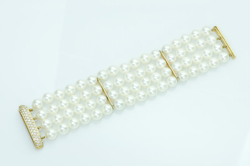 Pearl Gold and Diamond Bracelet