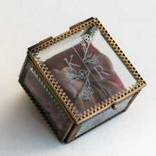 Load image into Gallery viewer, Heirloom Bride Custom Embossed glass ring box | Modern Botanical