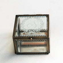 Load image into Gallery viewer, Heirloom Bride Custom Embossed glass ring box | Floral Wreath