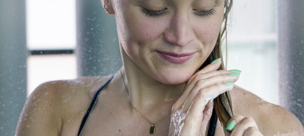 Shampoo for swimmers that hydrates and moisturizes your hair