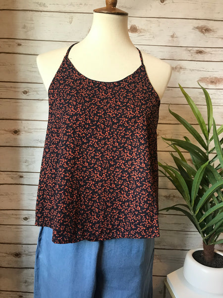 Find Your Heart Navy Floral Top - Elizabeth's Boutique