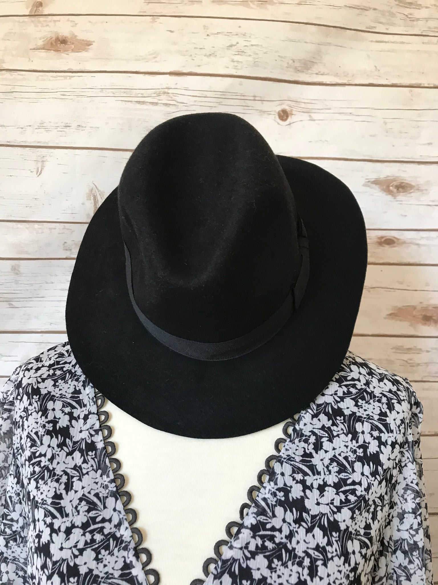 Black Panama Hat - Elizabeth's Boutique