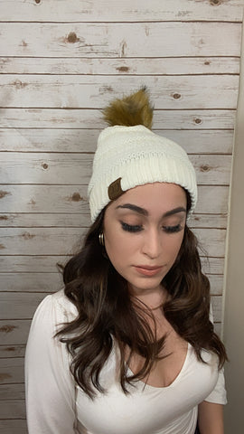 Perfectly Cozy Knitted Beanie- Ivory - Elizabeth's Boutique