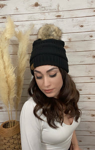 Perfectly Cozy Knitted Beanie- Black - Elizabeth's Boutique
