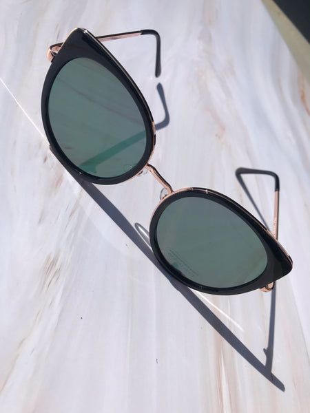 Ava Sunglasses-Black - Elizabeth's Boutique