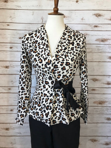 Kelly Leopard Collard Blouse - Elizabeth's Boutique