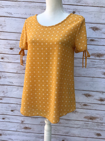 Lizabell Mustard Printed Top - Elizabeth's Boutique