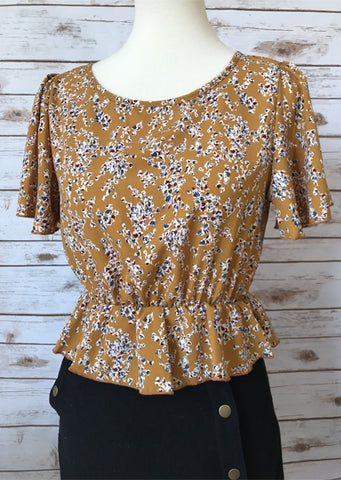 Short Sleeve Mustard Floral Crop Top - Elizabeth's Boutique