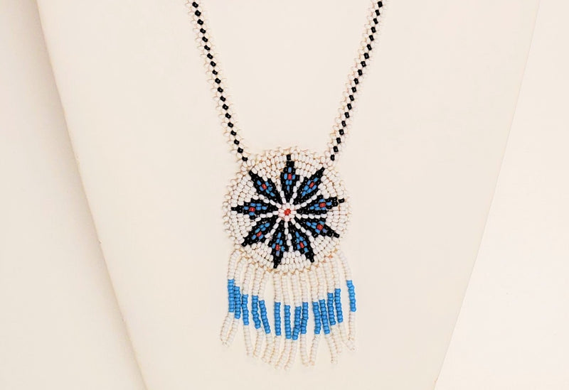 Della Necklace, White