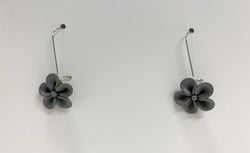 Journi Earrings, Gray