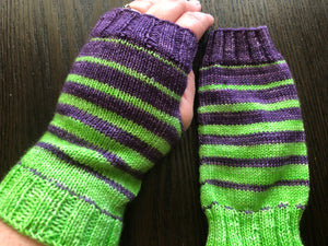 Final Countdown Mitts Pattern - digital download