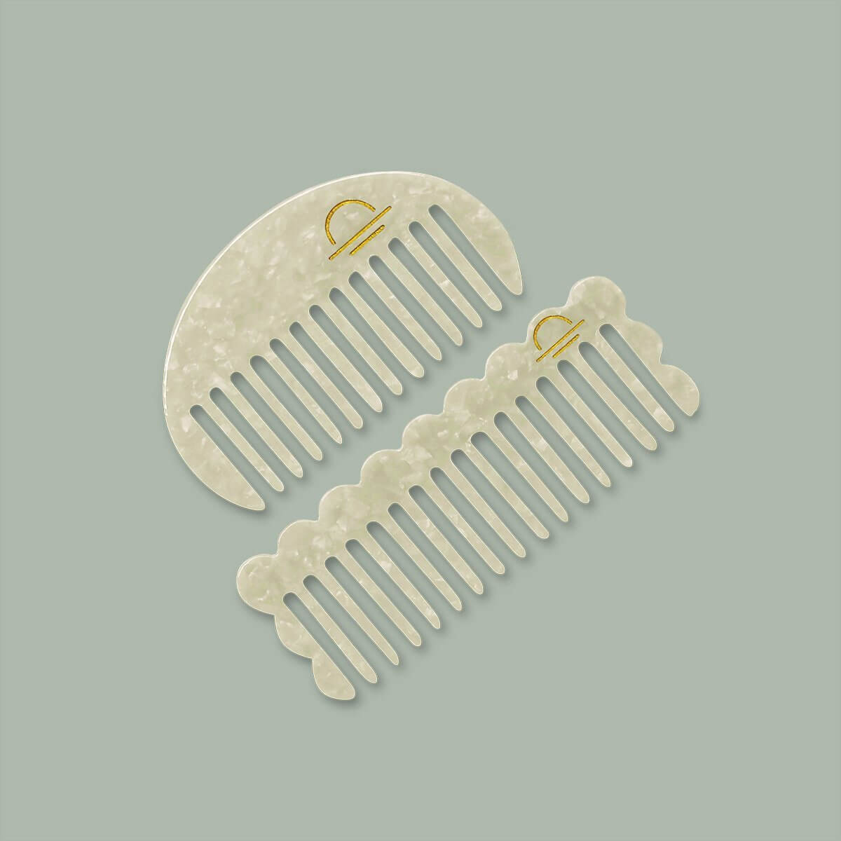 Acetate Round Comb Pearl - The Lake