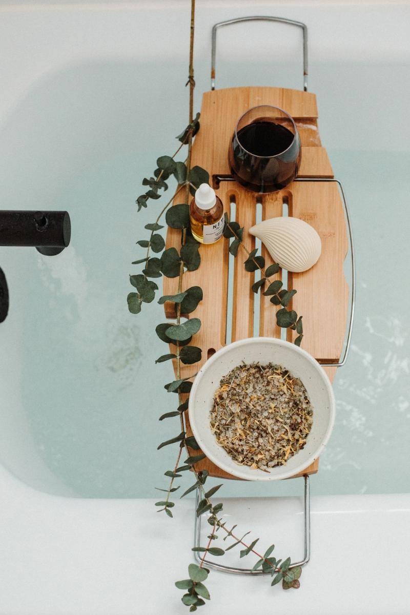 Invigorating Herbal Salt Soak