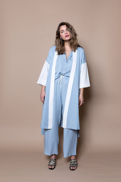 The Classic Robe – Blue Sky - The Lake