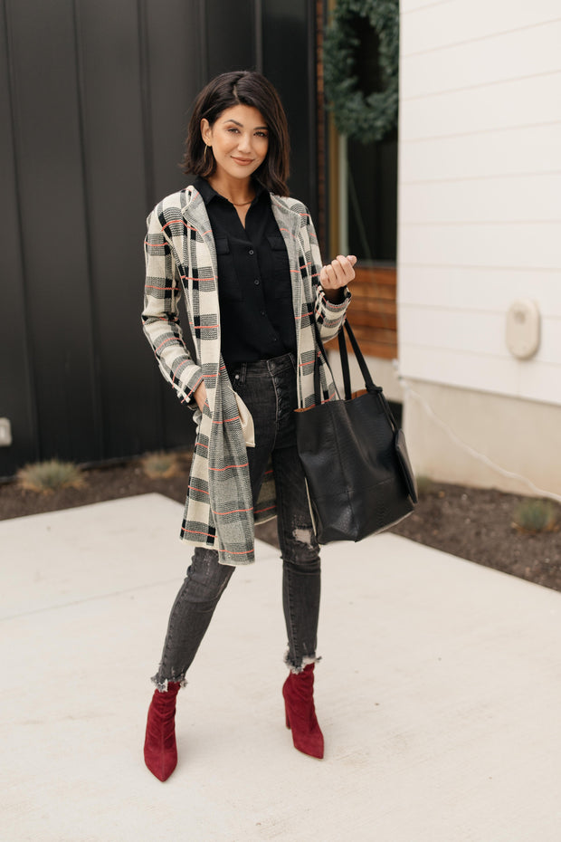 Business Casual Cardigan in Plaid