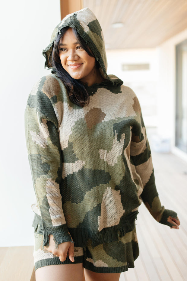 Chasing Sleep Lounge Set Top in Camo