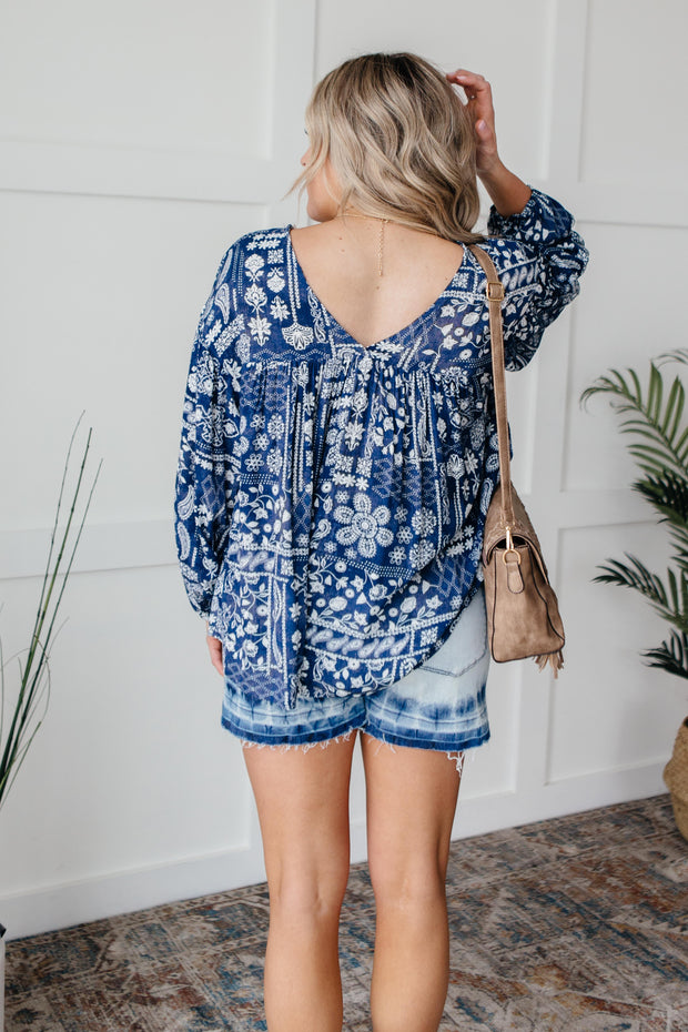 The Perfect Picnic Top in Navy