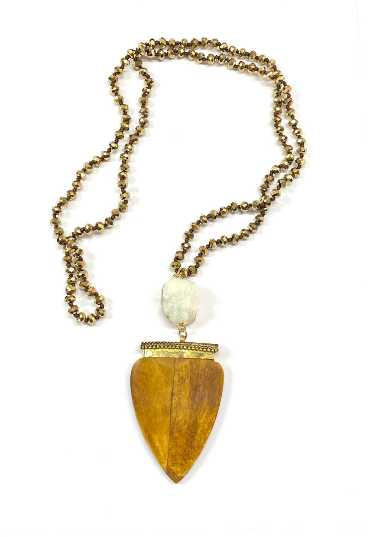 Bead Necklace with Large Pendant~-Crystal Wood Grain~
