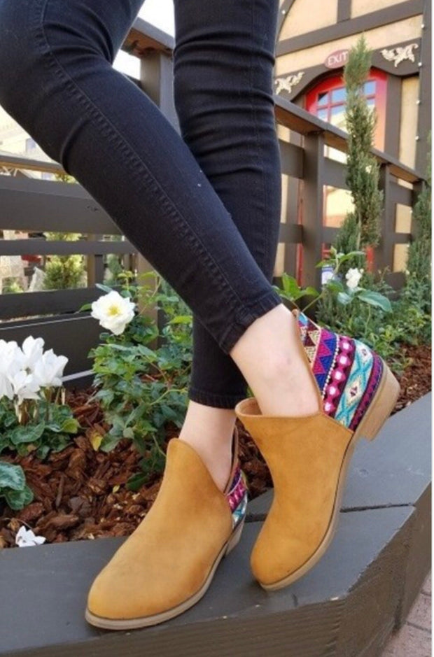 Ankle Bootie with Side Cut and Unique Embroidery ~Camel~