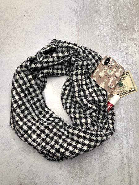 Hidden Pocket Infinity Scarf ~Taupe ~