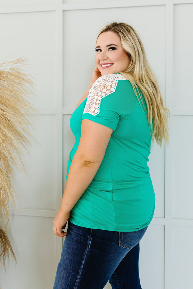 Lace Up The Sleeve Top In Green