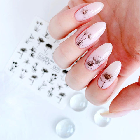 Flower summer nail art made easy