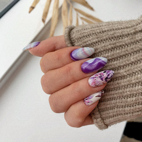Really beautiful watercolor nail art