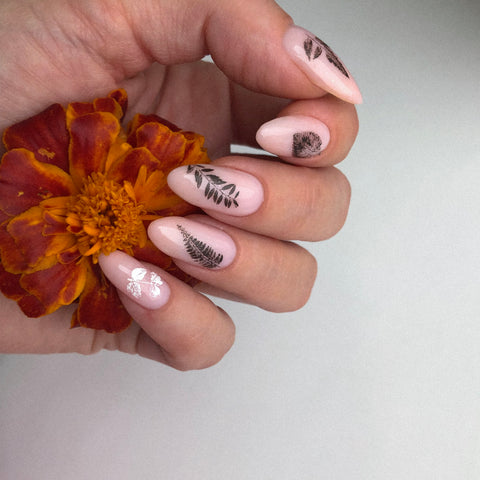 Leaf nail decals art