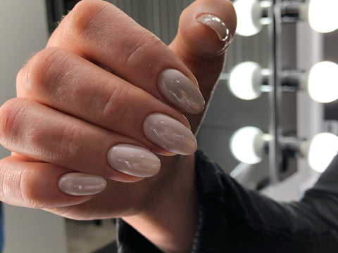 Russian e-file dry machine manicure finished with pearl powder