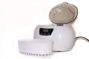 Ultrasonic cleaner for nail tools