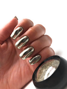 Silver chrome pigment powder for manicures and pedicures