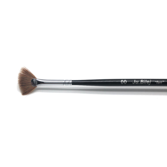 Roubloff Ju.Bilej Fan nail brush for gradients and ombre