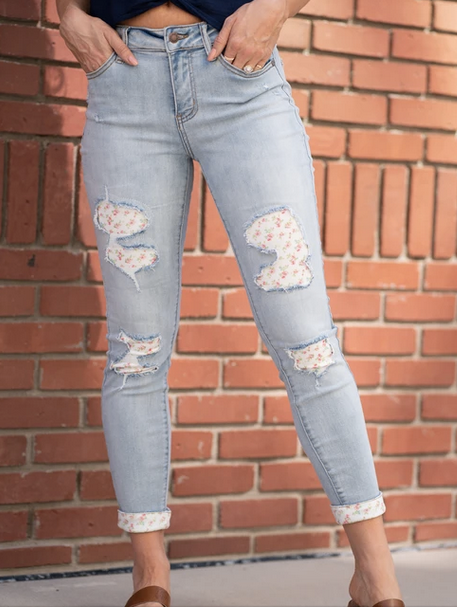 Judy Blue Skinny Floral Patch Jean