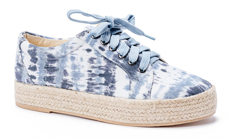 Blue tie dye canvas shoe