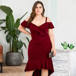 Plus Size Ruffles V-Neck Spaghetti Straps Draped Knee-Length Burgundy Mermaid Cocktail Dresses