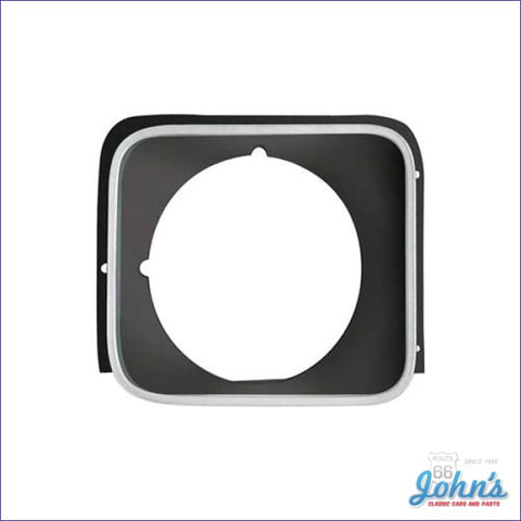 Headlight Bezel Rh Black - Rally Models X