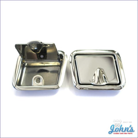 Rear Ashtrays - Pair 4Dr Wagon And Sedan X