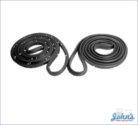 Rear Door Seals 4Dr Sedan. Pair A