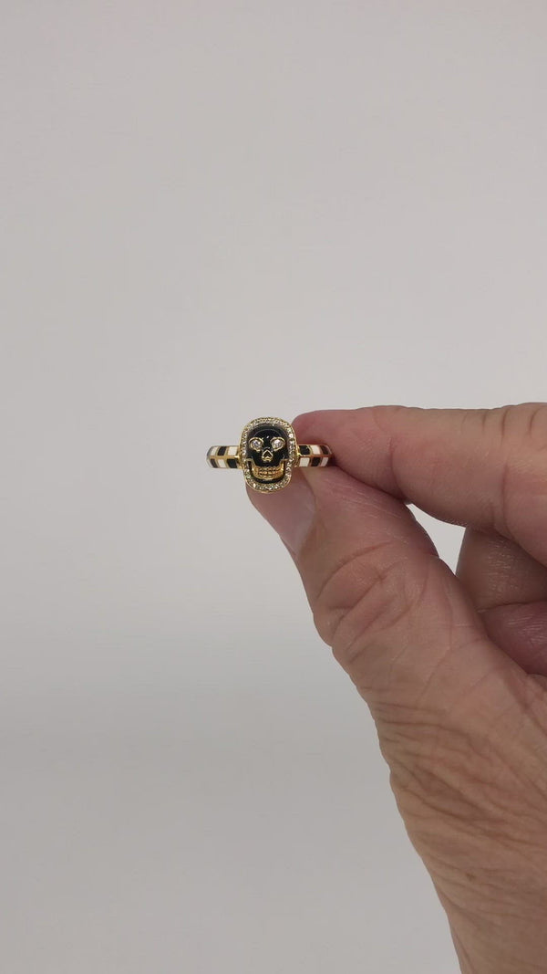Skull - Black Enamel Skinny Band Ring