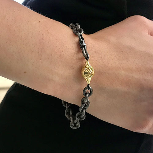 Oxidized Silver Cable Chain Bracelet with One 18K Yellow Gold Small Crownwork Finial