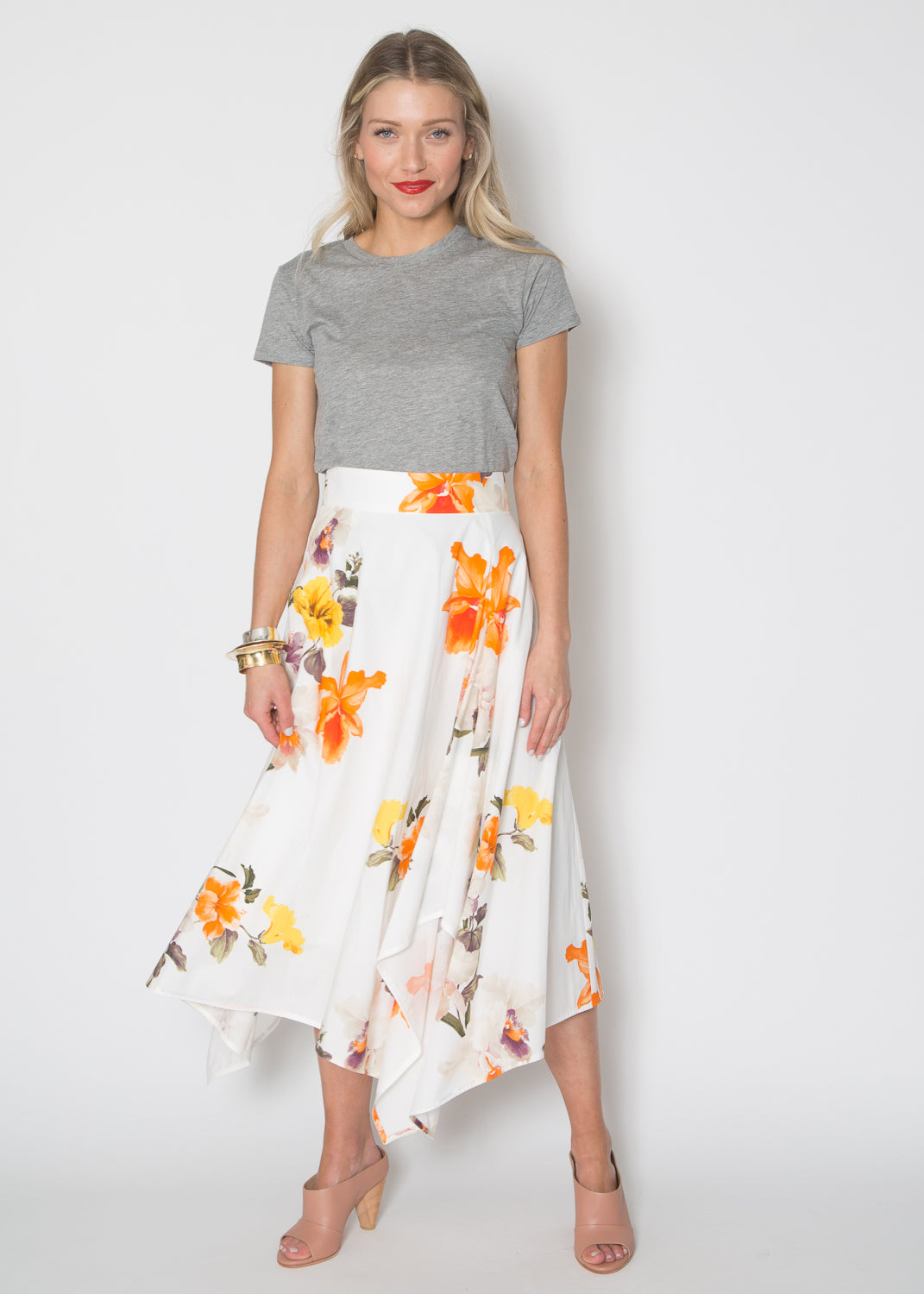 Support Surface Asymmetrical Skirt