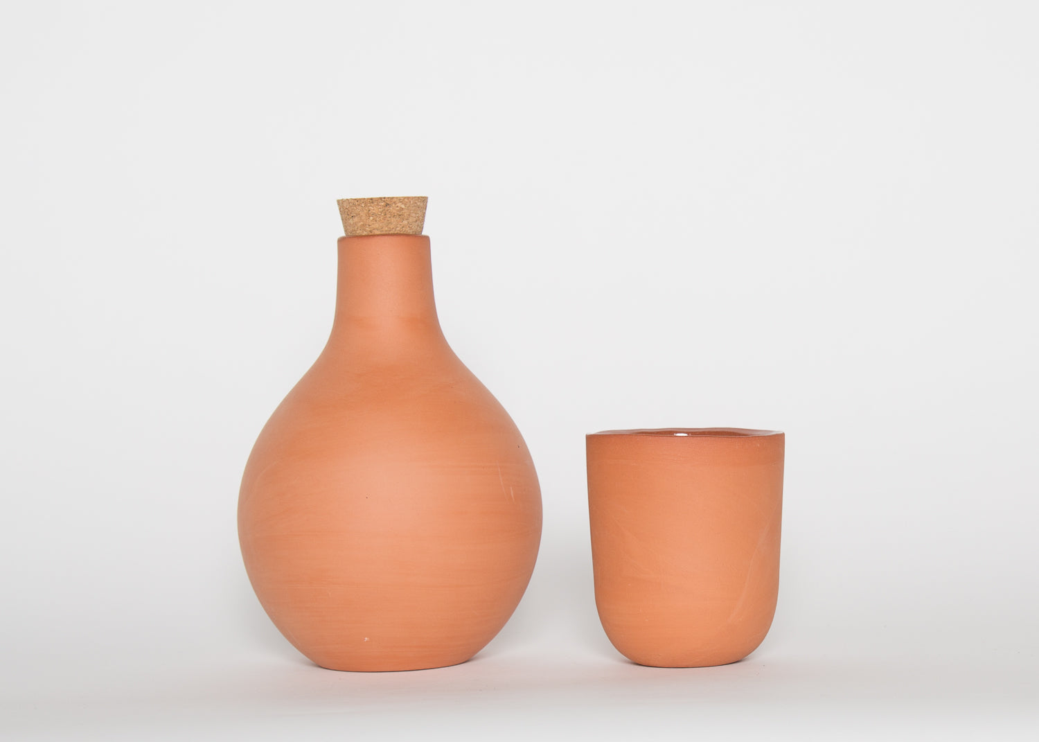 Barter Cork Top Terracotta Vessel 1 Liter