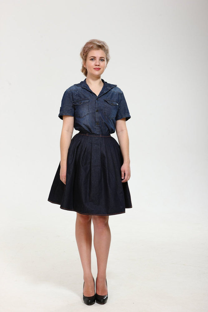Very denim! Exclusive full shaped skirt till knees from thin dark denim with orange stitching. Classy vintage new look style.