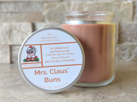 Mrs. Claus' Buns- 8 oz Soy Candle