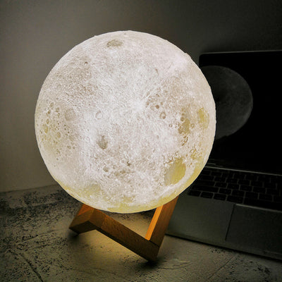 3D Printing Moon Lamp - White and Yellow