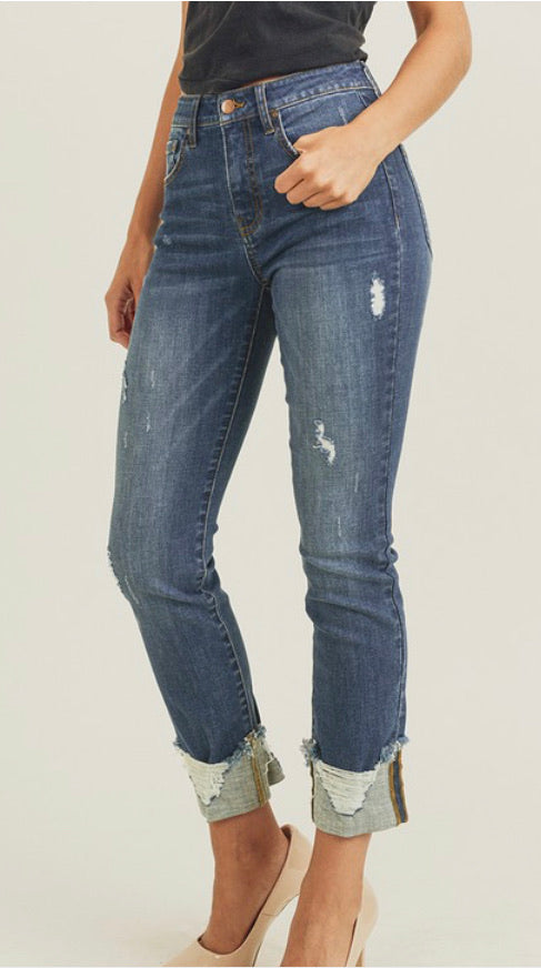 Risen Frayed Cuff Straight Jeans