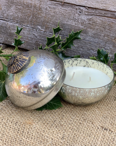 Antiqued Silver/Gold Wax Bauble - Cranberry Candle - Abigailshome