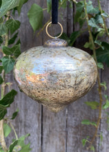 Load image into Gallery viewer, Luxury Glass Drop Bauble - Antique Gold - Abigailshome
