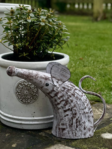 Metal Mouse Watering Can - Abigailshome