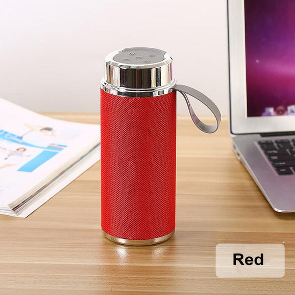 New Water Bottle Design Sports Wireless Speaker 800mAh Recharger Bluetooth Speaker with Hand Belt Handfree Outdoor Speaker